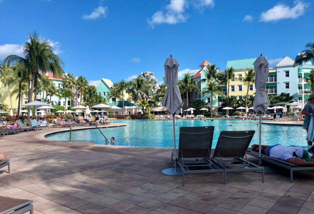 The Harborside Resort at Atlantis Bahamas - Swimming Pool