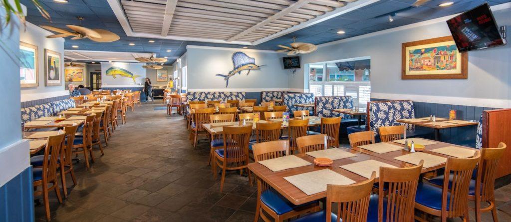 Affordable Atlantis Bahamas Restaurants - Anthony's Bar & Grill